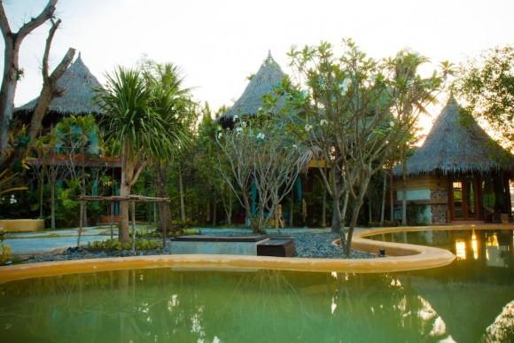 baan amphawa resort thailand