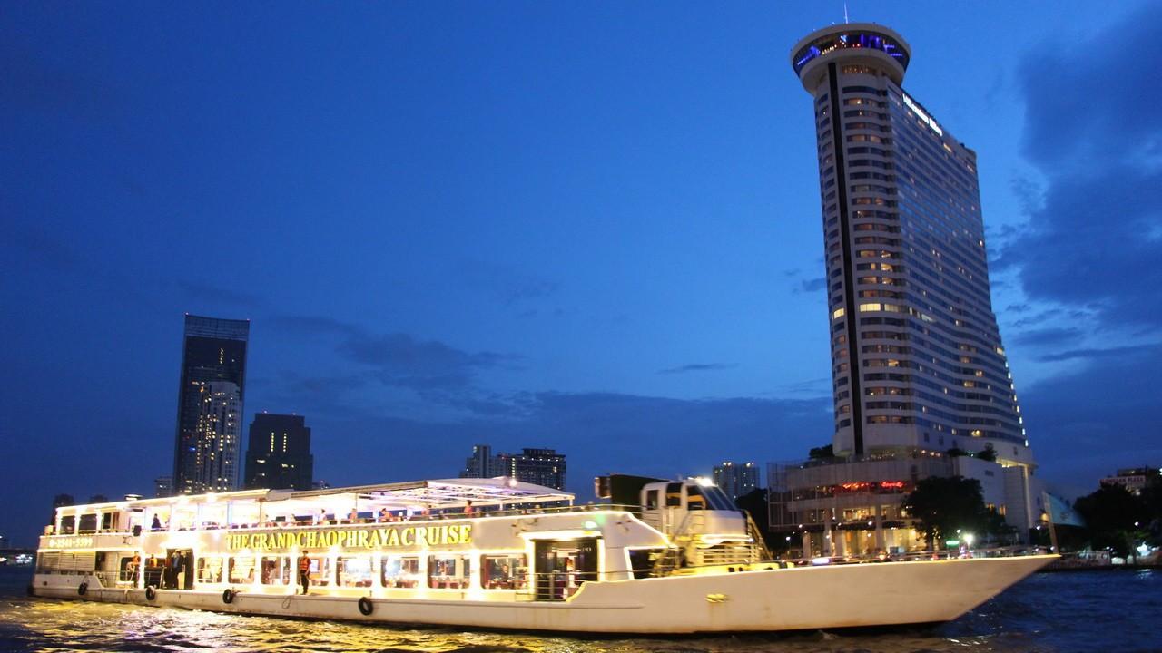Chaophraya Cruise Bangkok