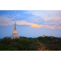 Petchburi and Maruekathaiyawan Palace Tour