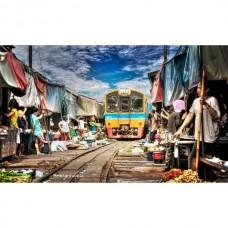 Risky Market and Damnoen Saduak Floating Market Half Day Tour