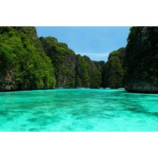 Phi Phi island one day trip by Speedboat
